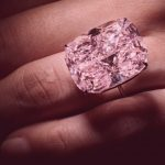 Can you trade online with pink diamonds?